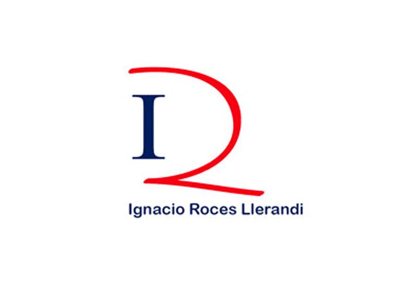 Ignacio Roces, Abogado en Pola de Siero